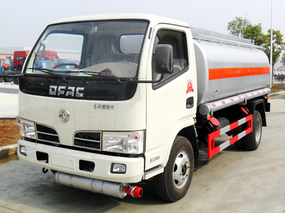 Dongfeng 3000L Oil Tanker Truck