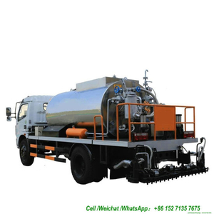 Dongfeng Asphalt Distributor 6000L Tank Spraying Nozzles 30 Nos (Asphalt Tank Insulated Spray Bitumen 4.5 -5 meters)