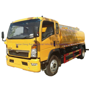 Sinotruk HOWO 10cbm Water Bowser Tank Truck (10000L Water Sprinkler Truck LHD, Right Hand Drive)