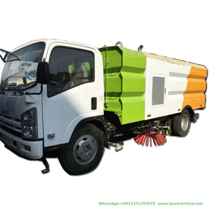 Japan Brand New I. S. U. Z. U Ftr Road Sweeper Truck 5.5 Cbm Tank Vacuum Road Sweeper