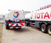 HOWO 6X4 Fuel Tank Truck with Refuelling System with Computer Dispenser Refueling Bowser for Vehicle 25cbm with Drolly Tank Trailer